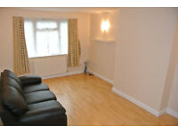 Recently decorated ground floor 2 bedroom maisonette with large separate lounge in Kingsbury
