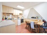 Fairhazel Gardens - Three bedroom top floor flat (3rd) with terrace and furnished or unfurnished