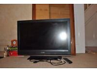 "Sony Bravia TV 32"" KDL32D3000 with 3 HDMI inputs and remote control. Excellent picture."