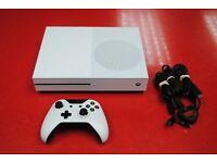 Xbox One S 500GB White £180