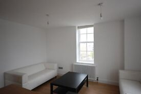 Lovely 4 bed 2 bath In Brixton-5 min to Tube- Great Location