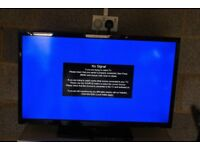 """32"""" SEIKI LCD TV WITH STAND AND REMOTE"""