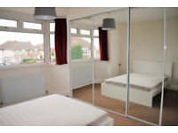 *NO AGENCY FEES TO TENANTS* Fantastic double bedroom with built-in storage space, located in Filton.