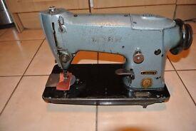 Vintage Singer 195K5 Industrial Sewing Machine Serial Number EP135960