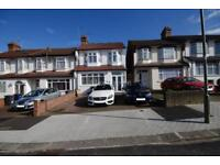 4 bedroom house in Petworth Road, Finchley