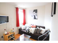 Two bedroom, two bathroom flat moments from Baker Street & Madame Tussauds
