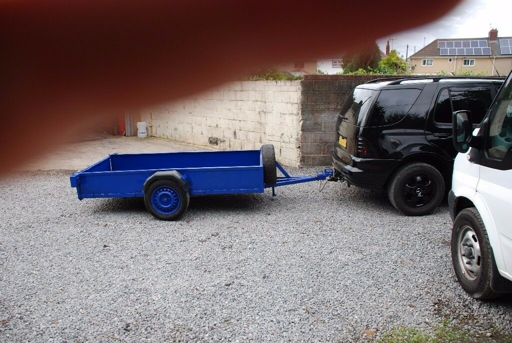 trailer 8.5ft x 4.5 ft car trailer good condition with spare wheel new led lights ready to go