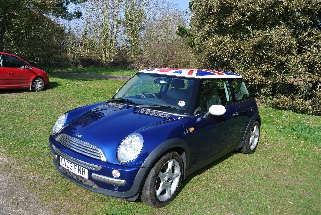 Metallic Blue Mini Cooper 2003 With Union Jack Roof And Black Split Leather Interior