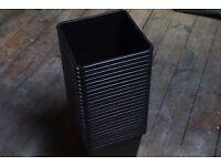 25 x 11 litre square plant pots