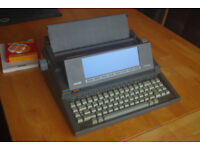 Olivetti PTP820 Portable Electric typewriter