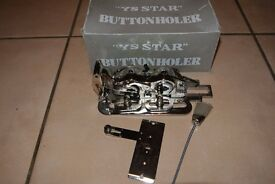 Industrial sewing machine buttonholer