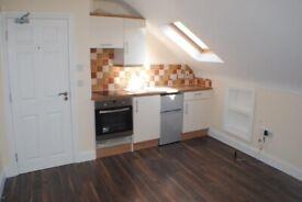 Top Floor Modern Studio Flat in West Ealing for single professional