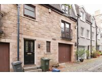 Centrally located, 3 bedroom (no HMO), main door property off Elm Row available October