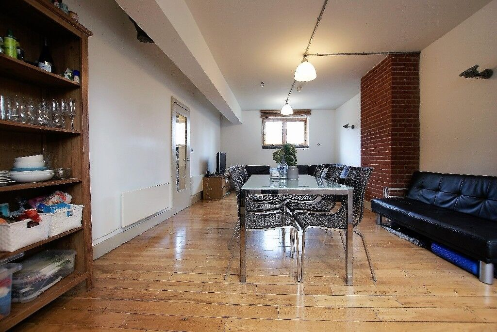 Three Double Bedroom Warehouse Style Apartment To Rent