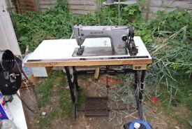 Singer 291U3 Industrial Lockstitch/Flatbed Sewing machine