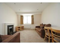 A modern one bedroom furnished flat with modern kitchen close to North Finchley High Road