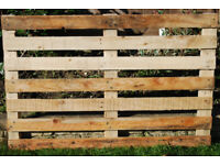 Lightweight Fencing in Small Sections, Easy To Handle 1200mm x 800mm.