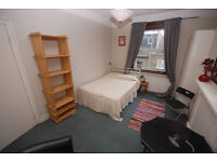 A spacious room with BILLS INCLUDED off Chiswick high road. Large room, use of kitchen and bathroom