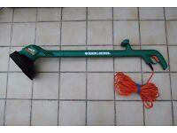 Black & Decker 'Reflex Plus' Electric Corded Strimmer 300W GL546