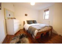 3 Bedroom Flat In Earlsfield, Must See