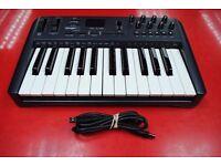M-Audio Oxygen 25 MK1 USB MIDI Controller £35
