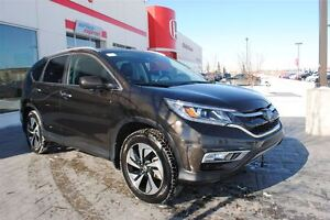 2015 Honda CR-V Touring *No Accidents, Local, One Owner*