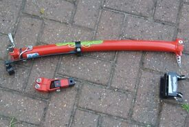 Trailgator Child's Bike tow bar - Tow your child behind you on your bike