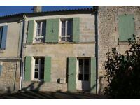 Holiday - France, Charente Maritime, Taillebourg