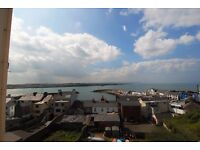 Portrush Apartment to let. £375 per monthy. 1 double and 1 single room. Seaviews of Harbour