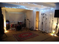 Studio/Workshop/Office space with let with accommodation
