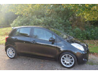 TOYOTA YARIS 1.3 SR 2008 58 REG BLACK 31000 MILES FSH 1 LADY OWNER FROM NEW TOM TOM PARKING SENSORS