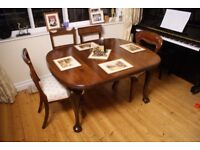 Antique Victorian Mahogany Wind Out Extending Rectangular Dining Table.