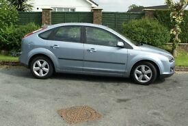 Ford Focus 1.6 auto low mileage 3 owners from new recent cam belt M.O.T. until oct 2017