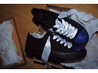 girls/womens trainers size 3
