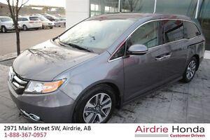 2014 Honda Odyssey Touring *C/S*Clean Carproof, Local Trade*