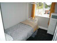 Single Room in Modern House, Wythenshawe. Incl of bills **avail 1st Nov**