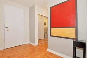 Loft-Style 2BD in Forest Hill! Near Yonge & Downtown!