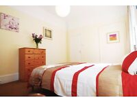 The Heart of St Johns Wood: Quality Large En-suite Room //