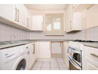 4 bedroom flat in Bickerton Road, Archway
