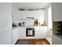 Malvern Road - Lovley 2nd floor 2 bedroom flat in this modern block offered fully furnished