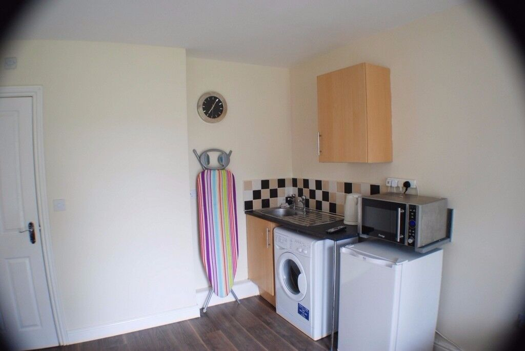 All Inclusive Rooms to rent with Ensuite £400-550 **NO BILLS or fees!**