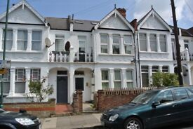 Compact one bedroom flat to rent in Harlesden on quiet, residential road