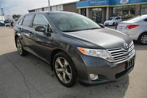 2009 Toyota Venza XLE V6, AWD WITH LEATHER & MOONROOF