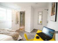 1 bedroom in Crediton Close, Reading, RG5 (#915426)
