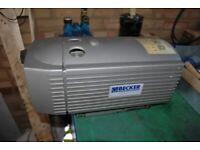 Vacuum pump Becker VT4.16 industrial vacuum pump