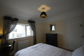 lovely double room in a refurbished house £470 a month including bills (subject to limits)**NO FEES*