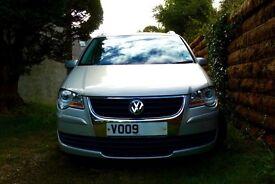 VW Touran 1.4TSI Petrol, 7 seats, Full VW SH, exceptional power and economy