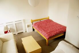 ***Fabulous Spacious Double Room-Fulham-All Bills Inclusive-Close to Central***