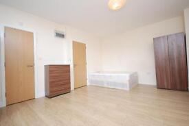 Studio flat in Tancred Road, Harringay
