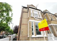 ***Dunsmure Road, newly refurbised two bed flat, top floor conversion***